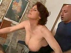 Mature lady gets naked and starts..