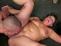 Chubby granny Gigi M gets her meaty..