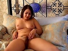 Chubby Indian milf gives a hot solo..