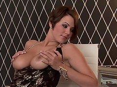 Voluptuous Beauty Sara Stokes Fondling..