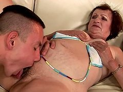 Kinky dark-haired granny Eve Tickler..