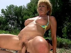 Slutty granny Effie has sex with a..