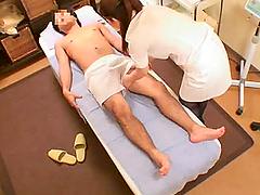 Horny Japanese Masseuse Jerks Off a..