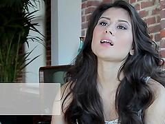 Gorgeous brunette Vanity Cruz Sweet..
