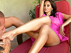 foot fetish in hardcore scene with arousing brunette