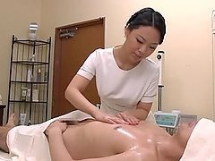 Hot Japanese masseuse gives great..