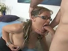 Hungry blond milf Kelly Leigh likes it doggy style