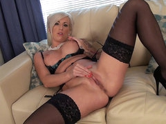 Office blonde Charlie Z masturbates in..