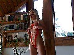 Sharka Blue enjoys stunning DP. Hot..