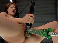 Machine Fucks Sensi Pearl's Pussy..