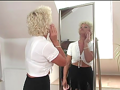 Granny Effie gets pounded in hot..