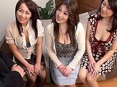 Three Japanese milfs play with some..