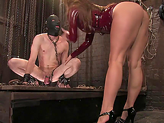Dominatrix Fucks Guy's Ass with..
