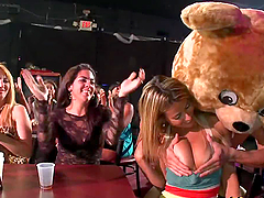 Girls Suck Cock In A Strip Club.