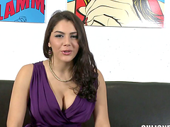 Valentina Nappi shows off her hot body..