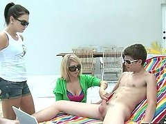 He has two babes all over him wanting..