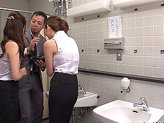 Threesome sex int he bathroom with two..