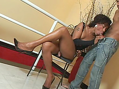 Rough Sex With A Kinky Ebony Shemale