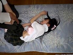 Schoolgirl Azumi comes to her..