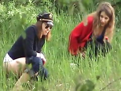Hot outdoor pissing scene with amateurs