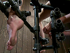 Extreme Bondage and Torture Make..
