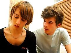 Hot gay gives a nice teen blowjob
