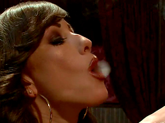 Jennifer White gets her ass toyed and..