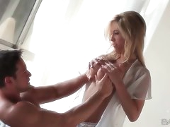 Erotic play with pornstar Tasha Reign..