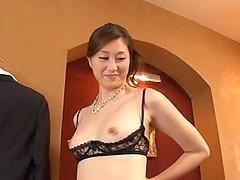 Oily Masseuse Arisa Miyuki gives a hot..