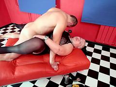 Hot Sex With A Slutty Mature Blonde