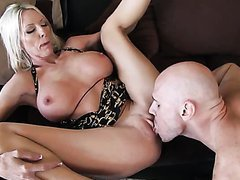 Horny Blonde MILF Emma Star Gets a..