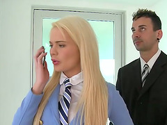 Alexis Ford blows and gets her pink..