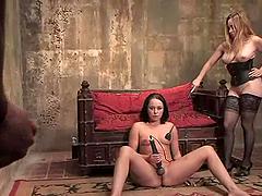 Lovely Alexa Von Tess gets her pussy..