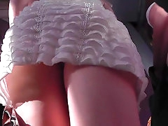 Sweet outdoor upskirt for a nice girl