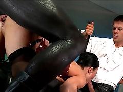 Pornstar loves hardcore threesome sex