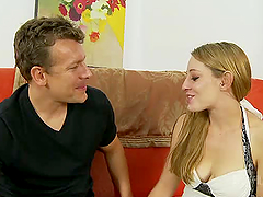 Lizzy London gets her pussy licked and..