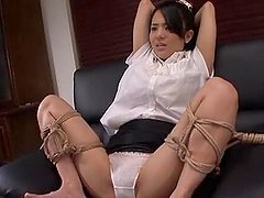 Sora Aoi gets tied up and enjoys..