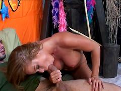 Slutty Ladies Deep Throat Big Cocks In..