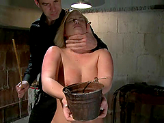 Chubby blonde Sasha Knox cums while..