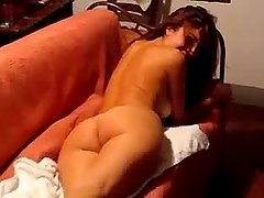 Hot ass brunette chick sharing her ass cheeks
