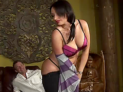 Vannah Sterling fucks and collects the..