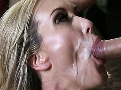 Busty Blonde MILF Brandi Love Gets..