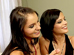 Tonguing Trio give a hell of a lesbian..