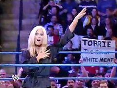 Torrie Wilson vs Trish Stratus In The..