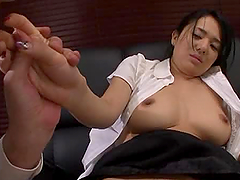 Sora Ai fingering her pussy and toy..