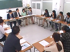 Starved couple in hardcore banging in the classroom