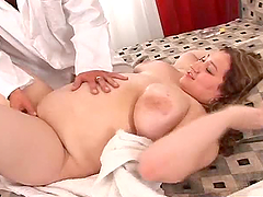 Plump BBW Enjoying a Hot Hardcore Fucking and Creampie