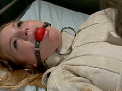 Aurora Snow gets her holes toyed and..