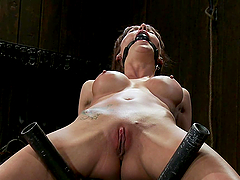 A painful yet pleasing bonsage scene with a horny hottie