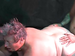 Mature BBW gets drilled doggy style